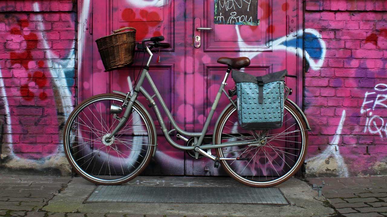 Ikuri Fahrradtaschen - Fahrradtasche im Berliner Musterchic